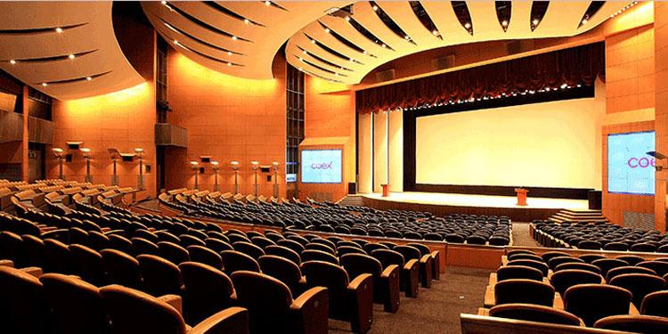 تجهیز سالن همایش ، سالن آمفی تئاتر و سالن اجتماعات و چند منظوره